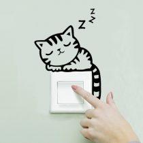 """Seinakleebis """"Lülitil magav kass"""""""