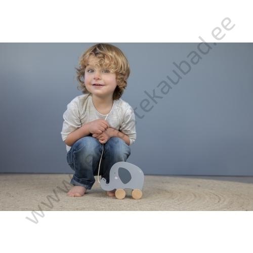 4450 – Little Dutch wooden pull along animal – elephant – 5